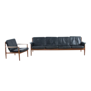 Grete Jalk sofa set for France en Son  SOLD