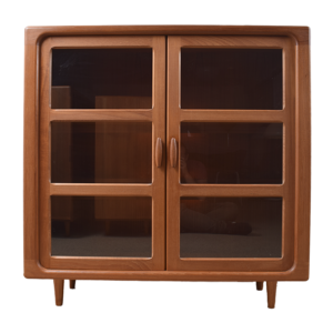 Glass cabinet by Dyrlund  sold