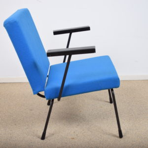 Model 1401 lounge chairs by Wim Rietveld(set)