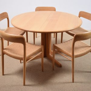 Dining table set by Niels Otto Møller SOLD