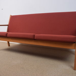 Model GE-265 3-seater by Hans Wegner