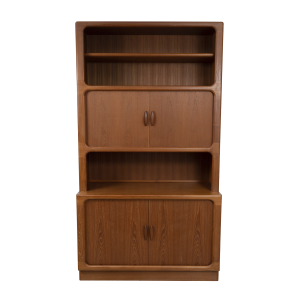 Large cabinet by Dyrlund