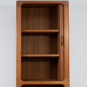 Cabinet by Dyrlund